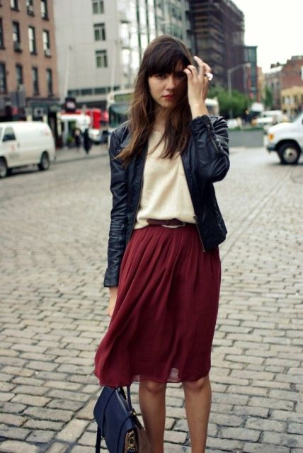 Feminine Pleated Midi Skirt Outfits For Fall And Winter