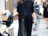 16 Feminine Pleated Midi Skirt Outfits For Fall And Winter 8