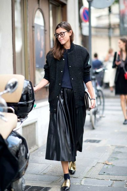 Picture Of Feminine Pleated Midi Skirt Outfits For Fall And Winter 8
