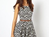 16 Office Bright Women Outfits With Animal Prints14