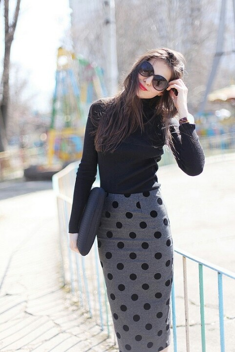 Picture Of Ways To Wear Polka Dot Clothing At Office 12