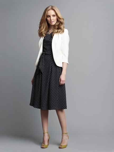 Picture Of Ways To Wear Polka Dot Clothing At Office 15