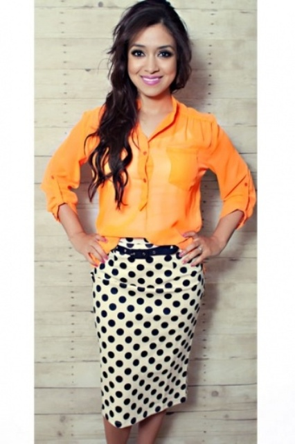 Picture Of Ways To Wear Polka Dot Clothing At Office 16