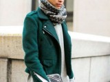17 Gorgeous Office Looks In Emerald Shades14