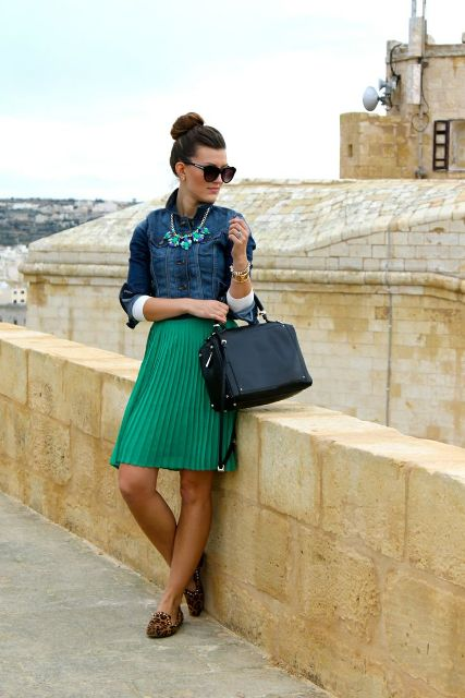 Gorgeous Office Looks In Emerald Shades