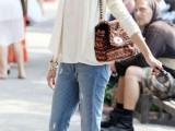 17-crisp-shirt-and-boyfriends-jeans-combo-ideas-5