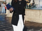 17-fabulous-ways-to-wear-full-and-sassy-maxi-skirts-this-fall-11