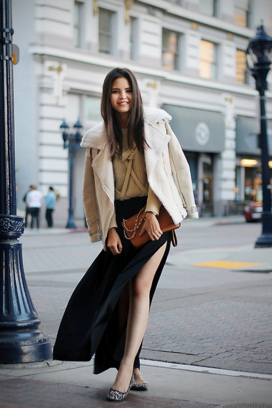 Picture Of fabulous ways to wear full and sassy maxi skirts this fall  4