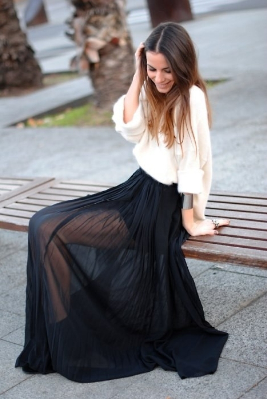 Picture Of fabulous ways to wear full and sassy maxi skirts this fall  6