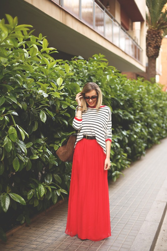 Picture Of fabulous ways to wear full and sassy maxi skirts this fall  7