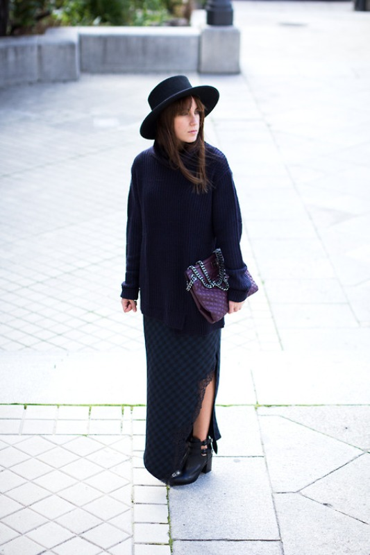 Picture Of fabulous ways to wear full and sassy maxi skirts this fall  8