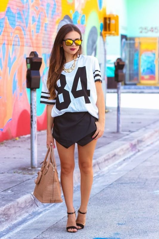 Picture Of perfect sporty style looks to recreate  3