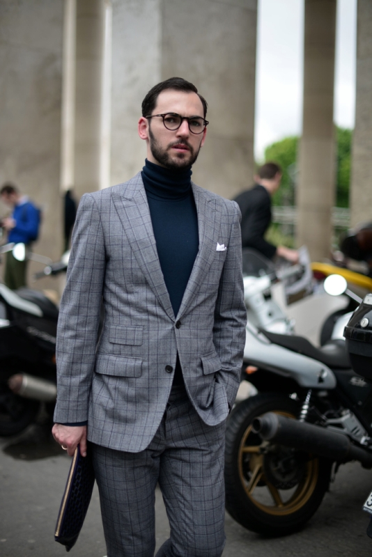 Picture Of ways to make turtleneck look stylish  12