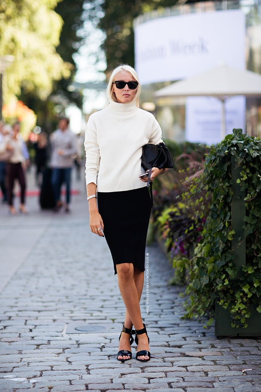 Picture Of ways to make turtleneck look stylish  2