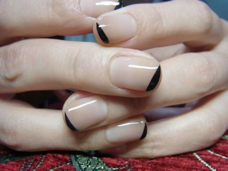 Picture Of ways to spice up your casual french manicure  10