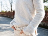 18 Comfy Fall Outfit Ideas With A Fuzzy Sweater15