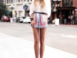 18-chic-ways-to-rock-printed-shorts-this-summer-14