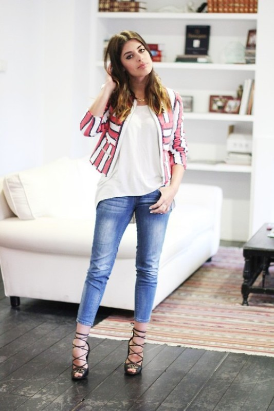 Picture Of fresh ways to style your basic skinny jeans  18