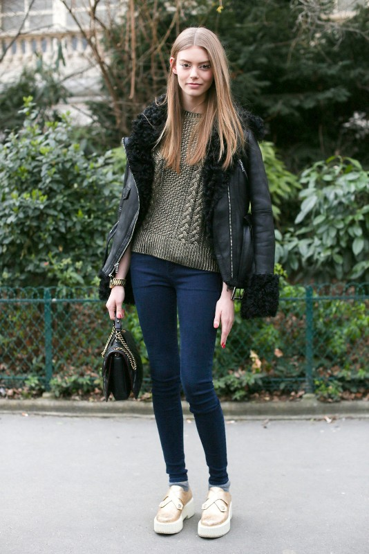 Picture Of perfect looks with platform sneakers to get inspired  2