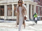 18-pretty-ways-to-transition-your-white-jeans-for-fall-14