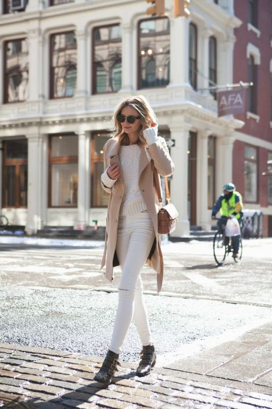 Picture Of pretty ways to transition your white jeans for fall  14