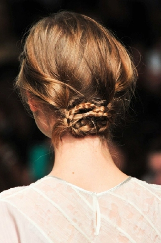 Picture Of stylish and fuss free hairstyles for every workout  17