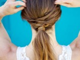 18-stylish-and-fuss-free-hairstyles-for-every-workout-3