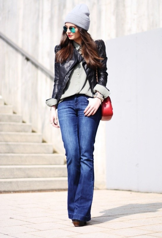 Picture Of stylish ways to wear flared jeans  1