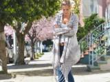 18-stylish-ways-to-wear-flared-jeans-11