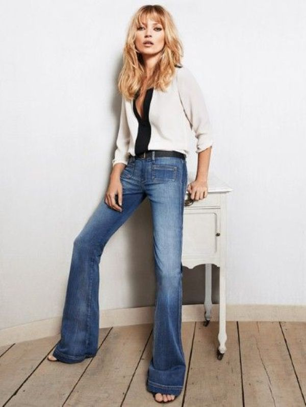 Picture Of stylish ways to wear flared jeans  13