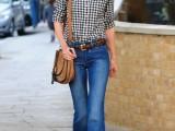 18-stylish-ways-to-wear-flared-jeans-2