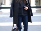 18-stylish-ways-to-wear-flared-jeans-4