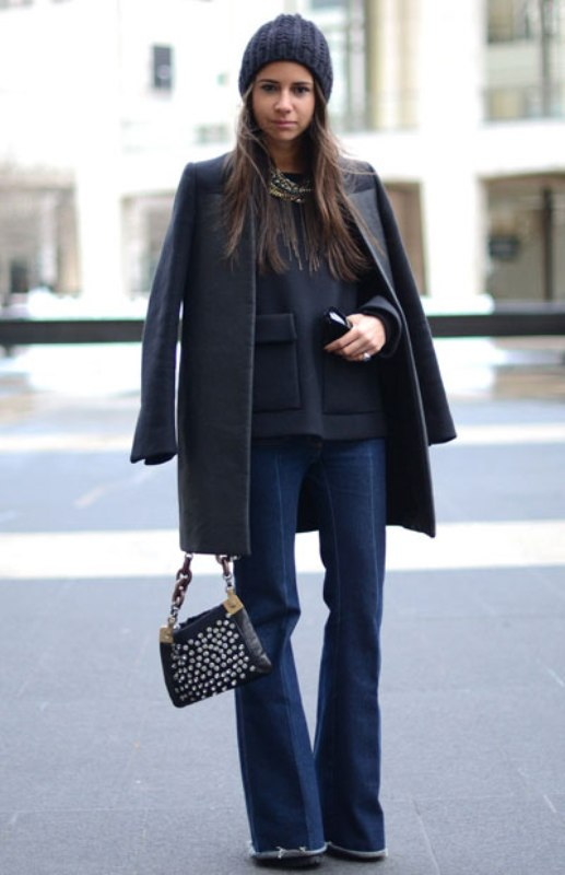 Picture Of stylish ways to wear flared jeans  4