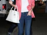 18-stylish-ways-to-wear-flared-jeans-8