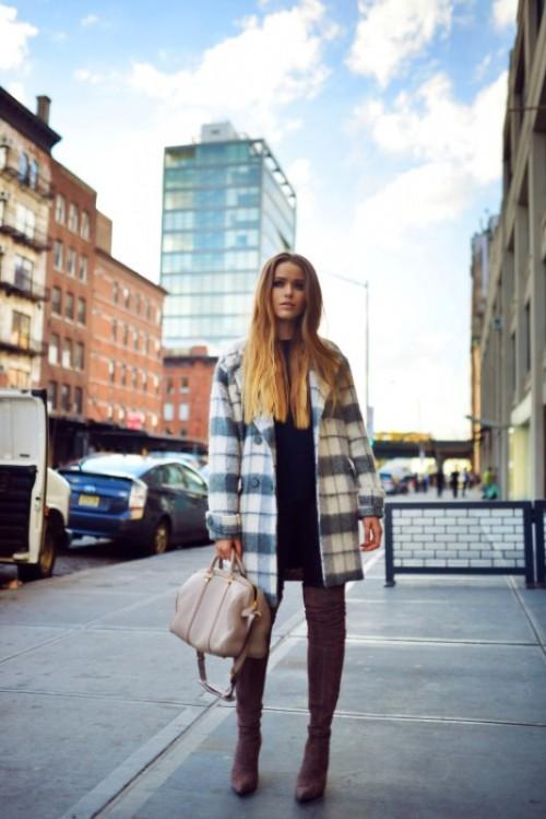18 Trendy Plaid Coat Looks To Recreate Now