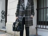 18-trendy-plaid-coat-looks-to-recreate-now-10
