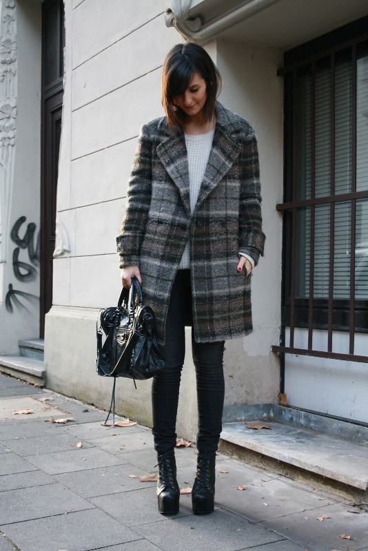 Picture Of trendy plaid coat looks to recreate now  10