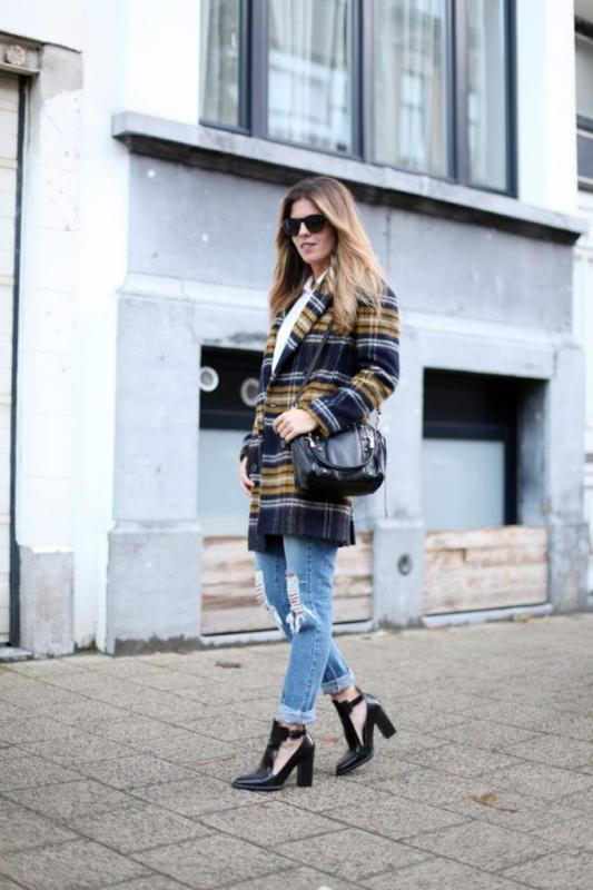 Picture Of trendy plaid coat looks to recreate now  12