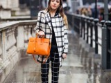 18-trendy-plaid-coat-looks-to-recreate-now-15