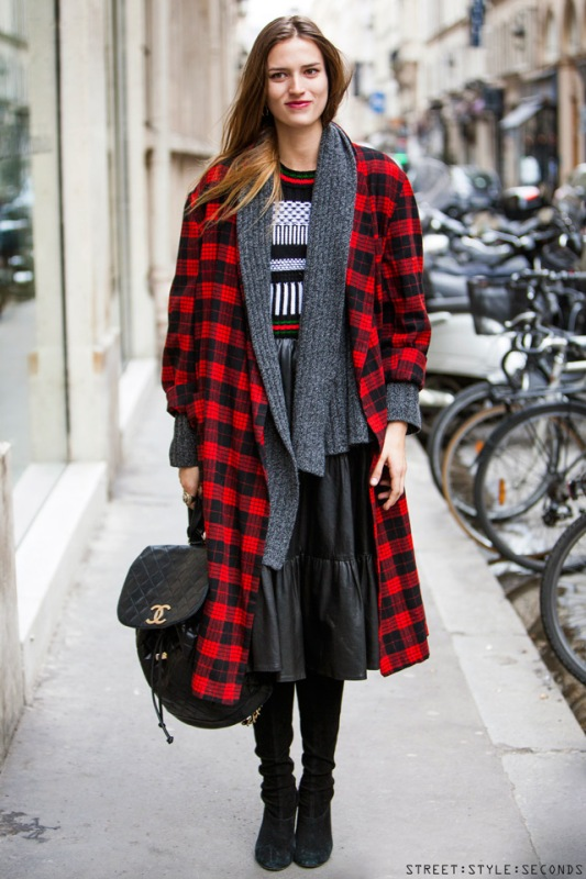 Picture Of trendy plaid coat looks to recreate now  17