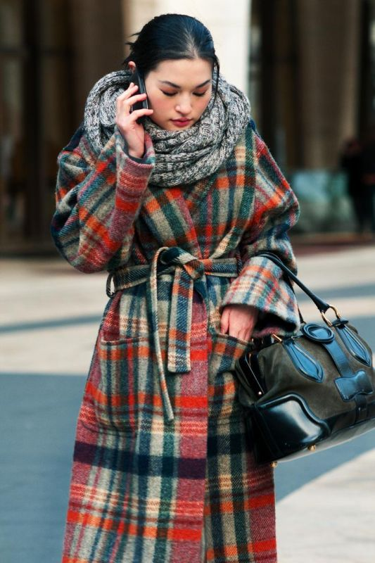 Picture Of trendy plaid coat looks to recreate now  18