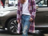 18-trendy-plaid-coat-looks-to-recreate-now-6