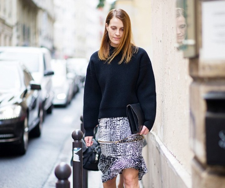 Picture Of beautiful sweater and skirt combinations for fall  15
