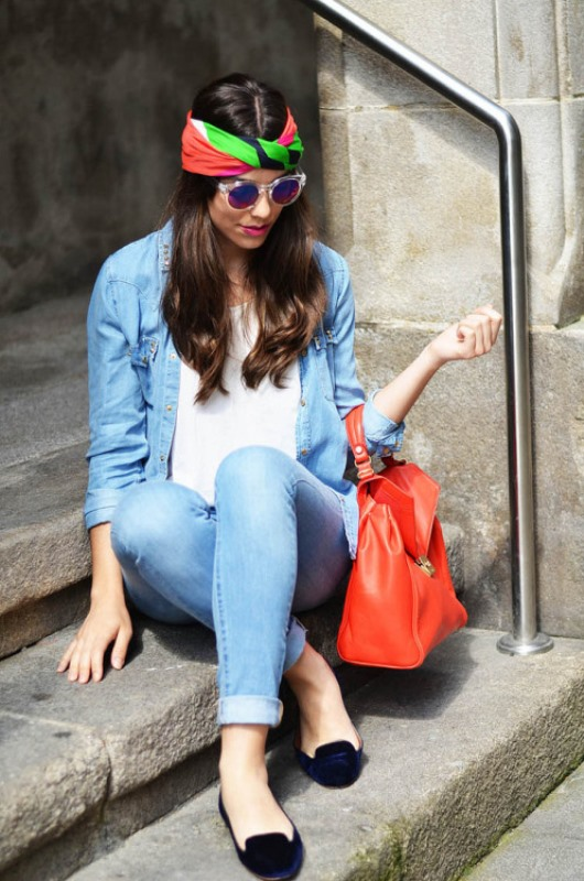 Picture Of cool ideas to wear a scarf stylishly this spring  1