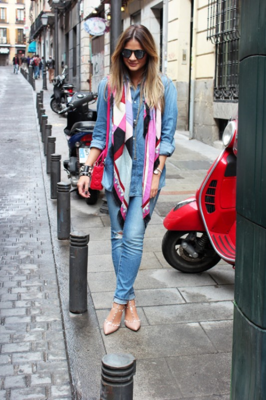 Picture Of cool ideas to wear a scarf stylishly this spring  12
