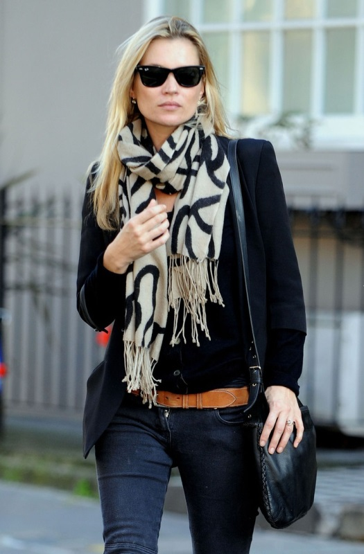 Picture Of cool ideas to wear a scarf stylishly this spring  15