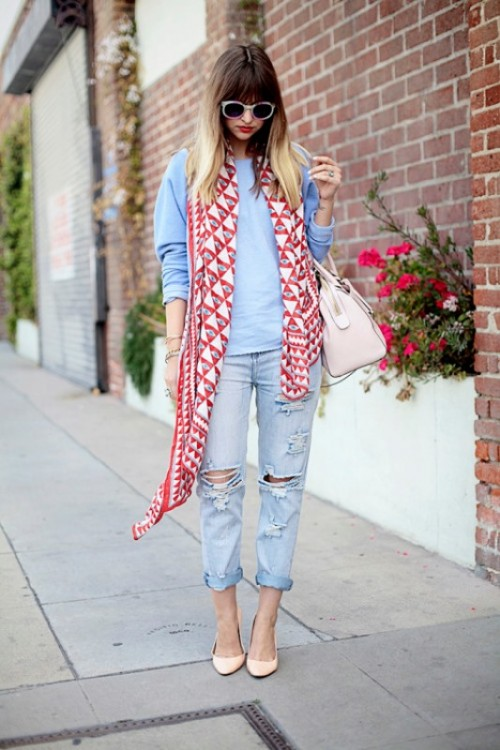 19 Cool Ideas To Wear A Scarf Stylishly This Spring ...