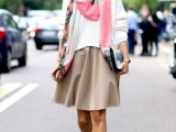 19-cool-ideas-to-wear-a-scarf-stylishly-this-spring-2