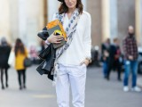 19-cool-ideas-to-wear-a-scarf-stylishly-this-spring-3