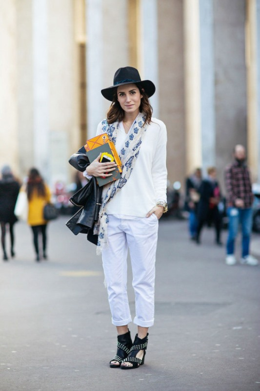 Picture Of cool ideas to wear a scarf stylishly this spring  3